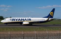 Ryanair z Modlina do Wrocławia i Gdańska