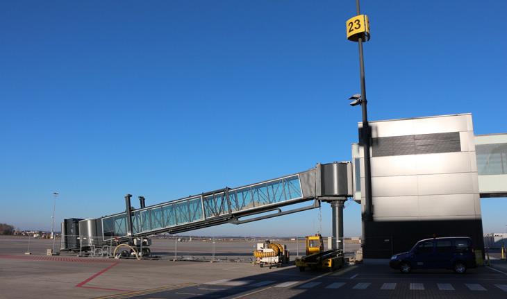 Rękaw na lotnisku w Gdańsku