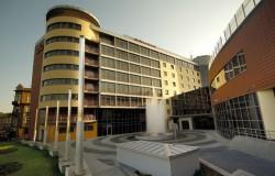 Certyfikat HolidayCheck dla Qubus Hotel