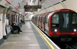Londyńskie metro zbliżeniowe