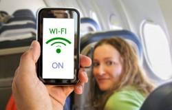 Korzystanie z telefonu podczas lotu?