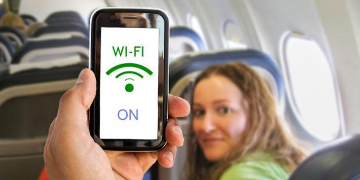 Korzystanie z telefonu podczas lotu