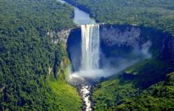 7 najbardziej niezwykłych wodospadów świata