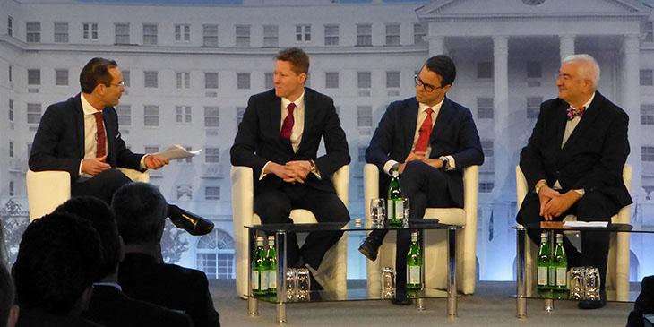 Uczestnicy panelu poświęconego inwestycjom na rynku hotelarskim