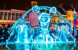 Poznań: Międzynarodowy Festiwal Rzeźby Lodowej