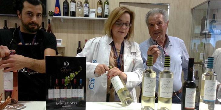 Degustacja win na stosiku Wysp Kanaryjskich