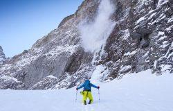 W Tatrach lawina porwała troje turystów