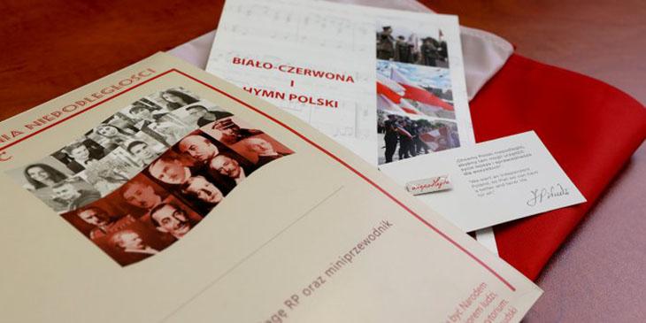 Pakiet jubileuszowy do pierwszego paszportu