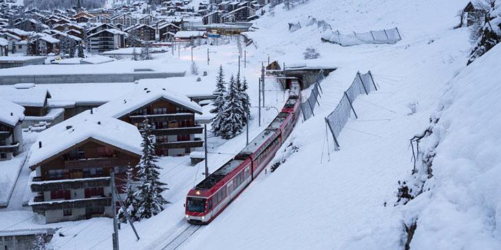 Wznowiono ruch pociągów z Zermatt