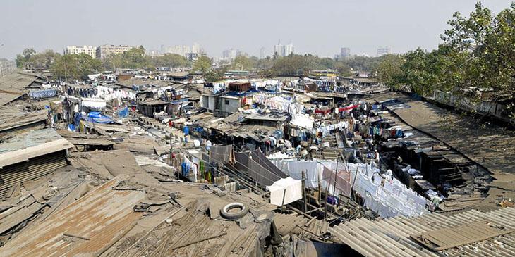 Bombaj - slumsy Dharavi