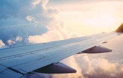 Brak bezpośrednich lotów hamuje turystykę w Laosie
