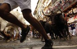 Kto z bykiem zadziera… 7 osób rannych w Pampelunie