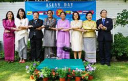 Pół wieku wspólnej drogi krajów ASEAN