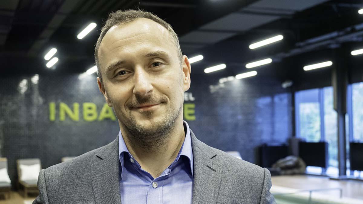 Maciej Naziębłło
