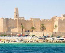 Tunezja znowu przyciąga turystów