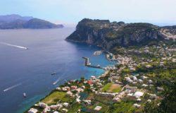 Władze Capri bronią się przed napływem turystów