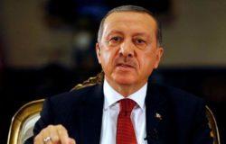 Turcja zamyka miasta, kwarantanna dla starszych i nastolatków