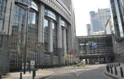 Parlament Europejski ogranicza wstęp i odwołuje wydarzenia