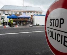 Czechy otwierają granice z Austrią, Niemcami i Węgrami