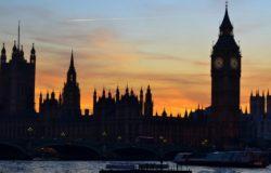 Wielka Brytania odradza podróże do Hiszpanii