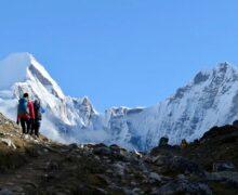 Nepal ponownie otwiera szczyty Himalajów dla wspinaczy
