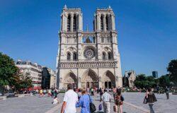 Spotkanie z Victorem Hugo w katedrze Notre Dame