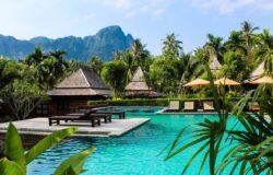 Tajlandia wita pierwszych turystów