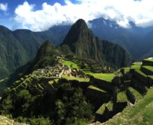 Samotny japoński turysta na Machu Picchu