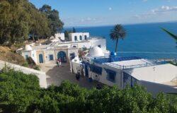 Tunezja zwalnia zorganizowanych turystów od kwarantanny