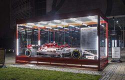 Bolid Alfa Romeo Racing Orlen przy Centrum Olimpijskim