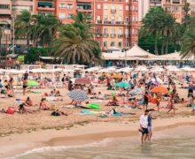 Hiszpania i Grecja z kwarantanną? Ucierpi sześć milionów brytyjskich turystów