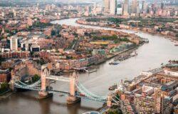 Wielka Brytania zamyka korytarze podróży