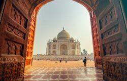 Kolejna fala COVID-19 uderza w turystykę w Indiach. Branża apeluje o szczepienia