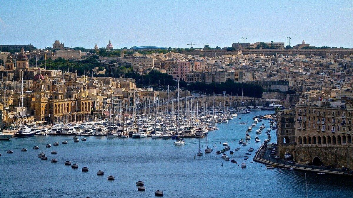 Widok na port w Malcie
