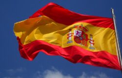Hiszpania do lata wprowadzi paszporty covidowe