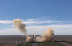 Chiński statek kosmiczny Shenzhou-12 wystartował [WIDEO]