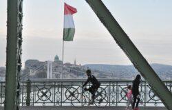 Węgierki rząd zakazuje pracownikom ruchu lotniczego organizowania strajków