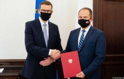 Andrzej Gut-Mostowy pozostaje na stanowisku ministra od turystyki