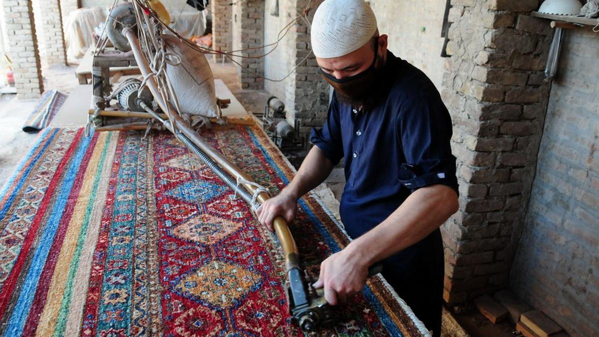 Tkanie dywanów
