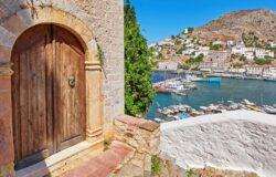 Romantyczna perełka Zatoki Sarońskiej